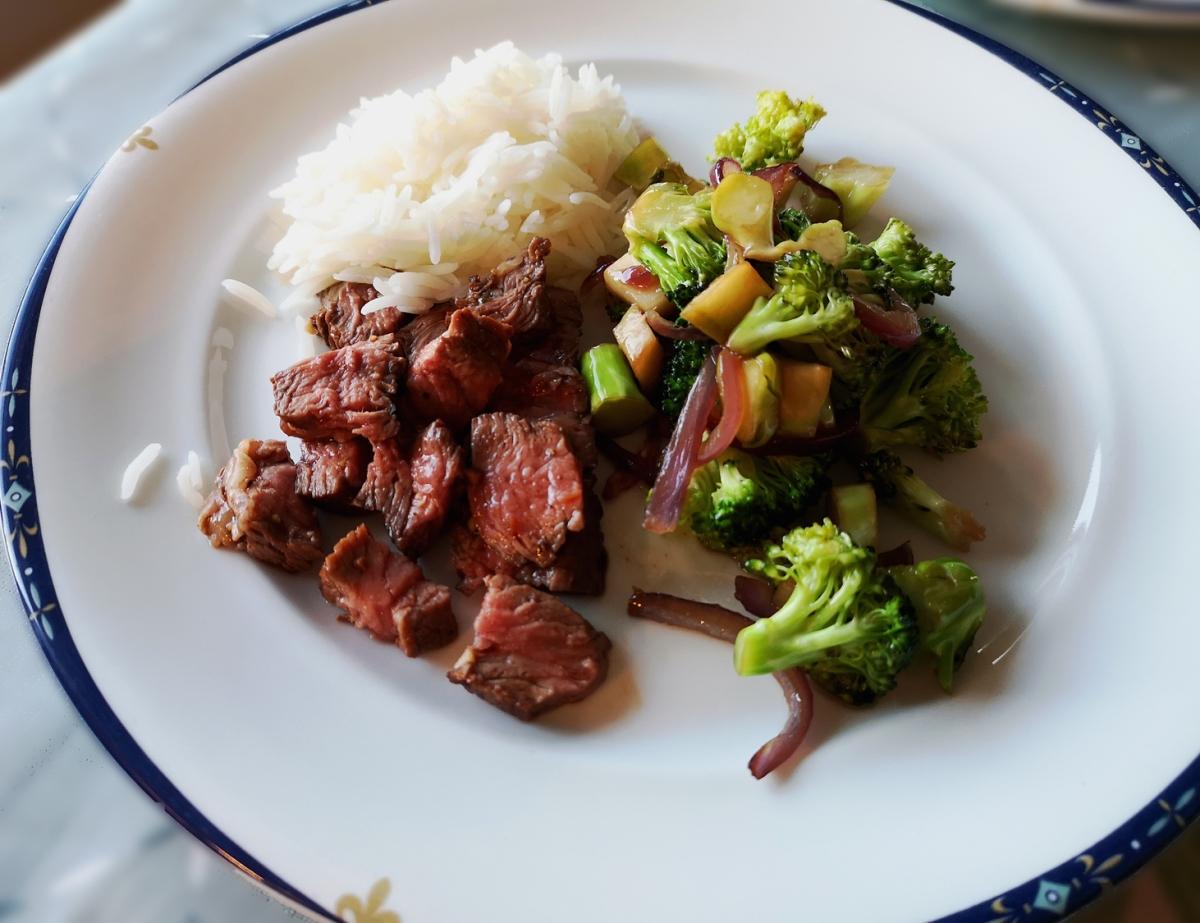 Entrecote med brokkoli og ris